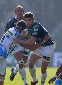 Gavin Evans; Richie Vernon sale v blues