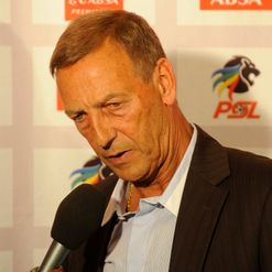 Neeskens: Set to tinker