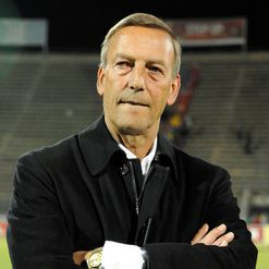 Neeskens: Needs a win
