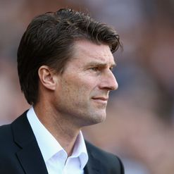 Laudrup: Sweating on Flores