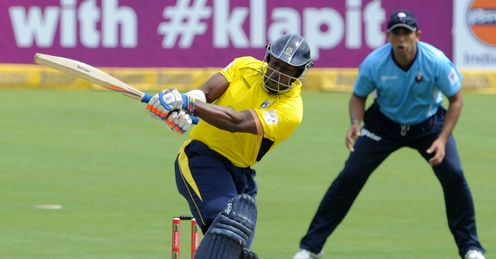 Michael Carberry scores 65 for Hampshire v Auckland Aces