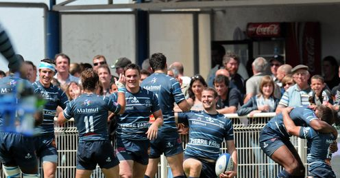 Castres celebrate after beating Clermont