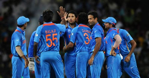 Yuvraj Singh and his India team-mates v South Africa World Twenty20 Super Eight RPS Colombo