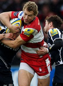 Gloucester centre Billy Twelvetrees taking it up