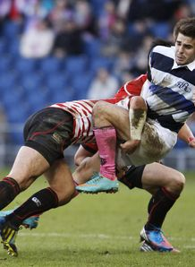 Hugo Bonneval tackled for French Barbarians