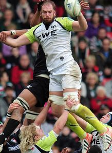 Ospreys skipper Alun Wyn Jones out for up to 16 weeks with shoulder injury