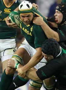 Juandre Kruger with ball South Africa v Ireland