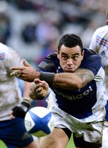 Samoa s scrum half Kahn Fotuali i C clears the ball v France