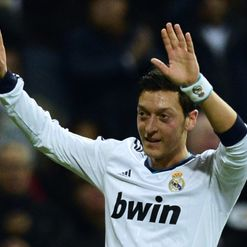Ozil: Set for return