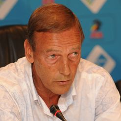 Neeskens: Playing it cool