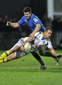 Jonathan Sexton tackles Lee Byrne Leinster v Clermont Auvergne Heineken Cup Pool 5 Stade Marcel Michelin
