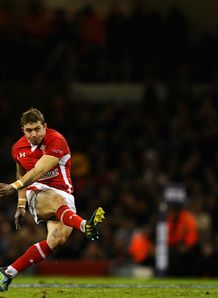 Leigh Halfpenny Wales v Australia