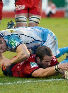 Toulon s Fr d ric Michalak R scores v Sale Sharks