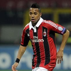 Robinho: Reopens future talk