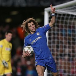 Luiz: 'Natural leader'