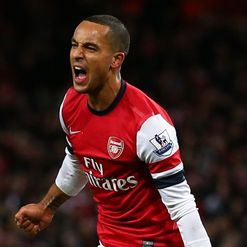Walcott: Yet to pen a new deal