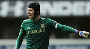 Cech targets Europa trophy