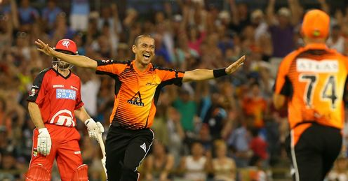 Alfonso Thomas: bagged an incredible 4-8 off 3.1 overs against the Renegades