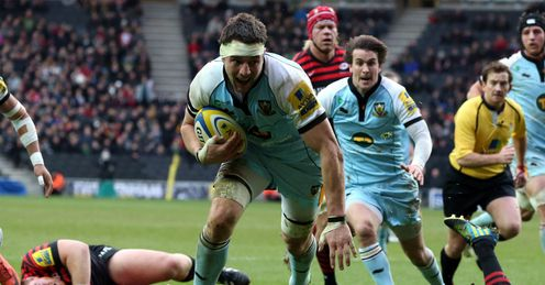 Phil Dowson scoring a try Northampton Saints v Saracens Aviva Premiership stadium:mk