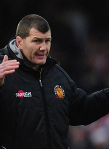 Aviva Premiership: Rob Baxter hails Exeter as Chiefs keep Heineken hopes alive