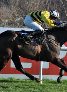 Glens Melody won the Frank Ward Solicitors Solerina Mares Novice Hurdle at Leopardstown