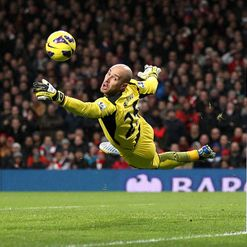 Reina: Happy at Anfield