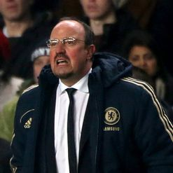Benitez: Wants defensive 'unit'