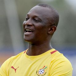 Appiah: Cautious of Sharks&#39; bite