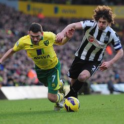 Robert Snodgrass and Fabricio Coloccini