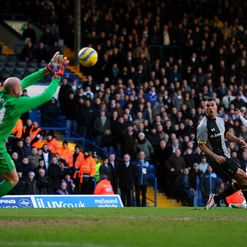 Friedel: Can&#39;t keep out Whites