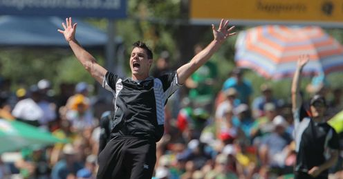 Mitchell McClenaghan four wickets New Zealand v South Africa ODI Paarl