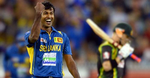 Nuwan Kulasekara Sri Lanka celebrating wicket of David Warner during second T20 against Australia