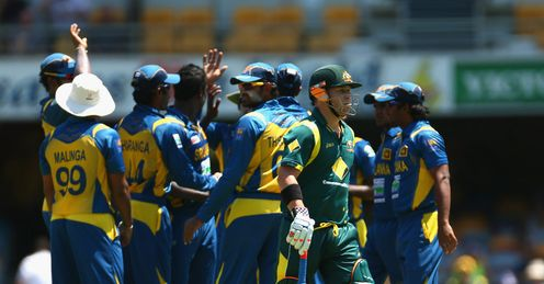 david warner out sri lanka australia third odi brisbane