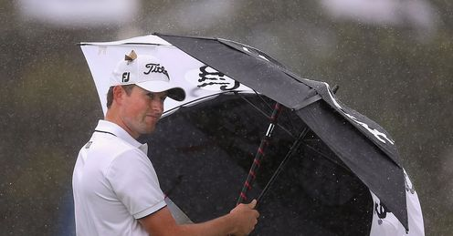 Webb Simpson: Wet start