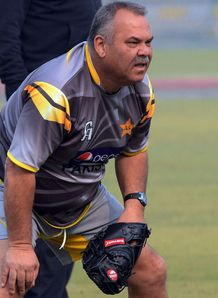 Coach Dav Whatmore accepts South African attack was too strong