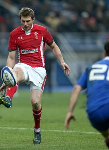 SKY_MOBILE Dan Biggar Wales v France Six Nations