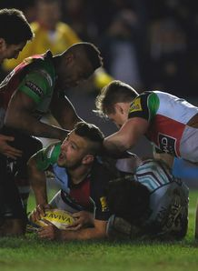Danny Care of Quins celebrates scoring v Leicester tigers