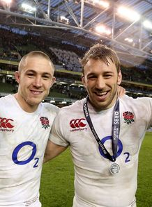 England duo Mike Brown and Chris Robshaw celebrate