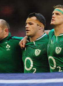 Ireland captain Jamie Heaslip r lines up
