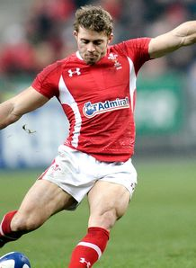 Leigh Halfpenny Wales v France 2013