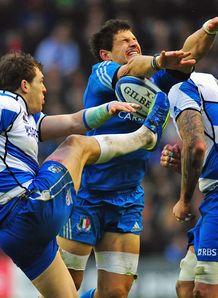 Scotland v Italy Sean Lamont kick Alessandro Zanni