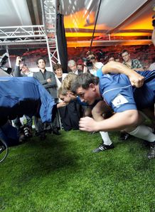 Thomas Domingo France v Scrum machine