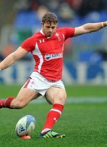 Leigh Halfpenny Italy v Wales