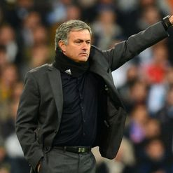 Mourinho: One eye on Barca game