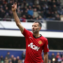 Giggs: Closing in on 13th league title