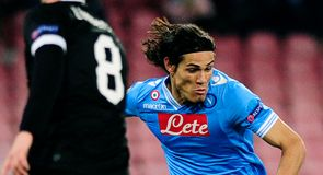 Cavani cools transfer talk
