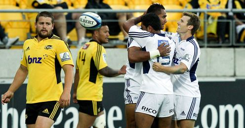 Blues celebrate v Hurricanes Super Rugby