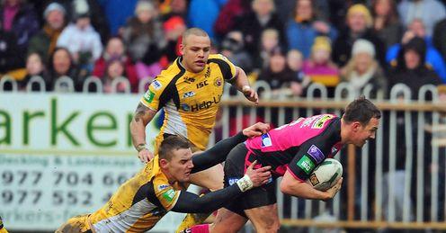 Danny McGuire Castleford Tigers v Leeds Rhinos