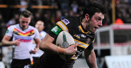 Kirk Dixon Castleford Tigers scoring against Bradford Bulls