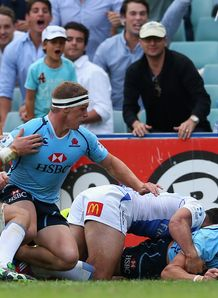 Adam Ashley Cooper scoring wide out for Waratahs